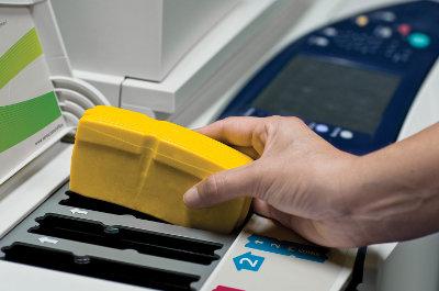 Xerox ColorQube™ 9200 печата с кубчетата твърдо мастило