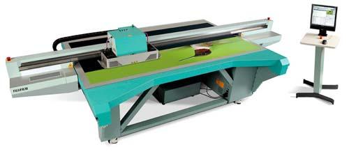 Fujifilm представя новия плосък UV мастиленоструен принтер Acuity Advance