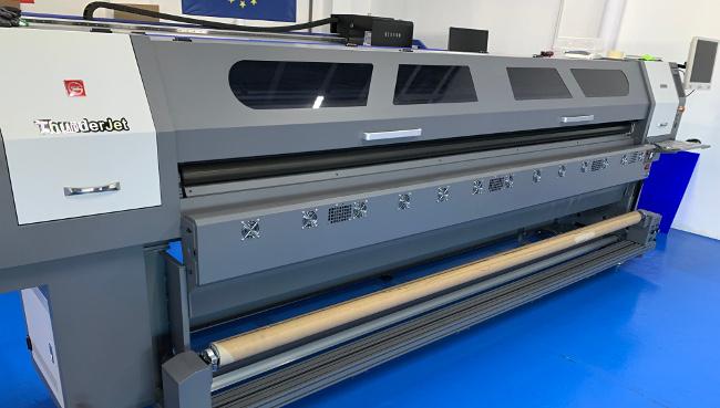 Широкоформатен принтер ThunderJet
