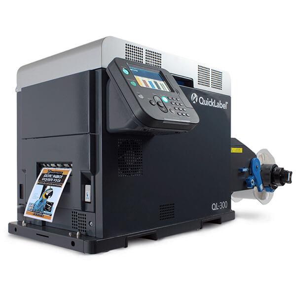 цветен принтер за печат на етикети с БЯЛ цвят
