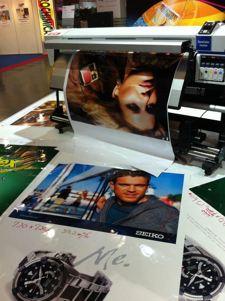 Epson представя нови принтери от семейството SureColor на drupa 2012