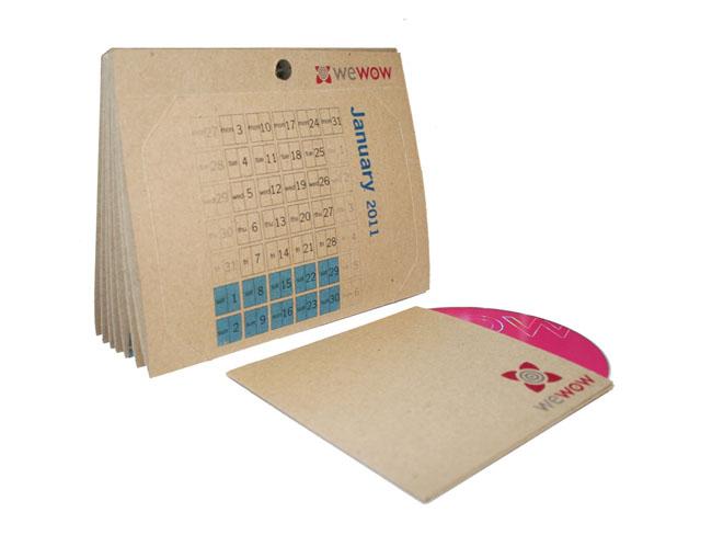 календар от рециклирана хартия