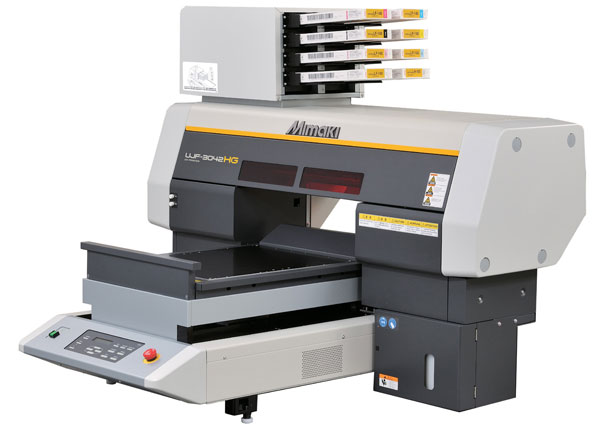 Mimaki усъвершенства настолния си UV-принтер за печат на сувенири
