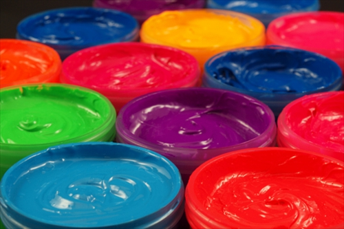 Обратимо изменение на цвета при мастилата, пигментите и наноструктурите