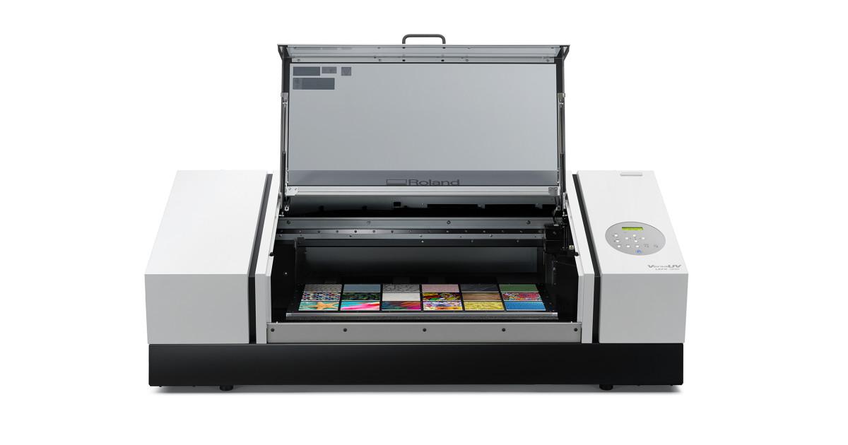 Нов UV принтер Roland DGA VersaUV LEF2-300