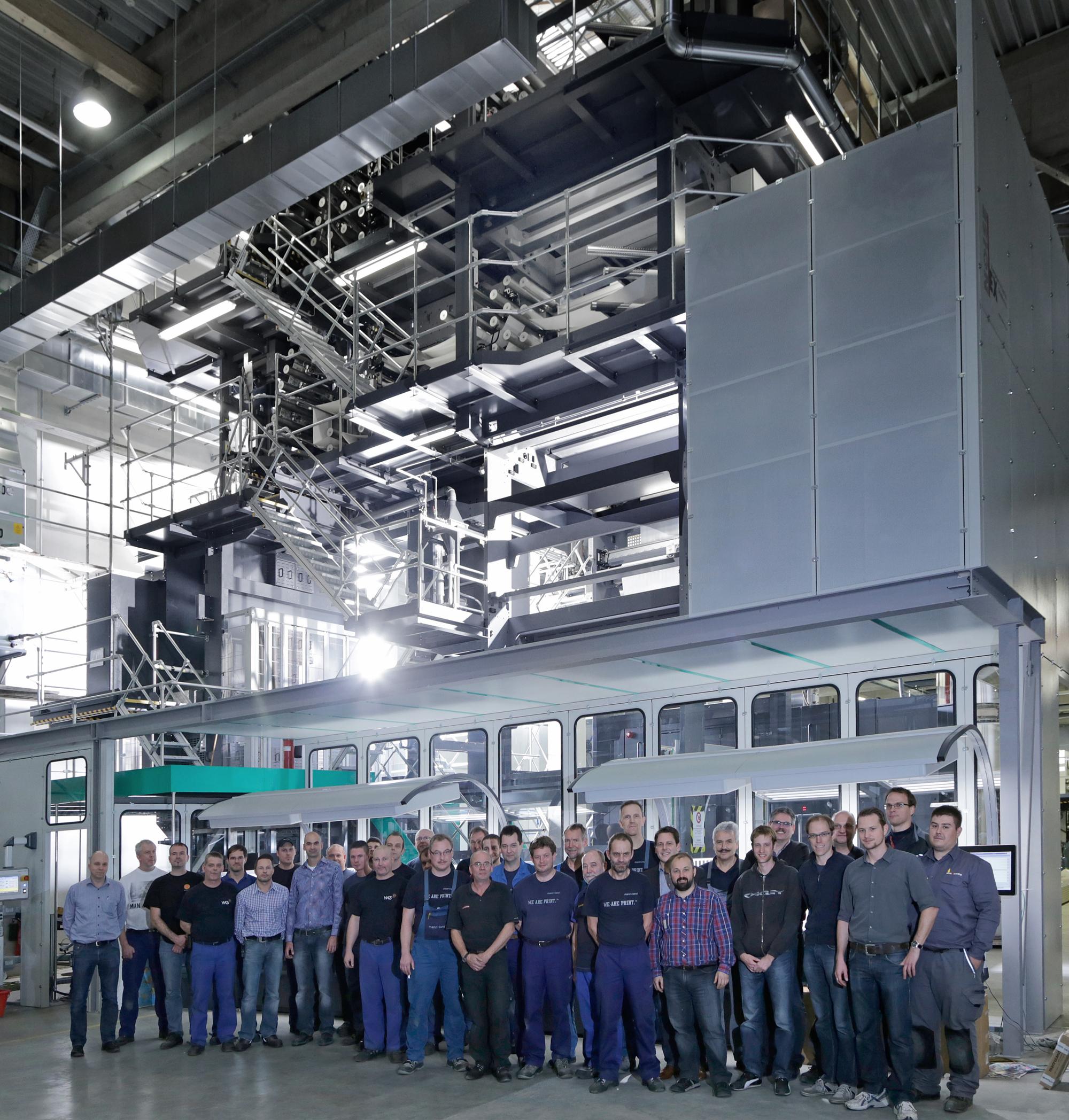 manroland web systems създадоха първата 120 странична преса в германската печатница Kraft-Schlötels