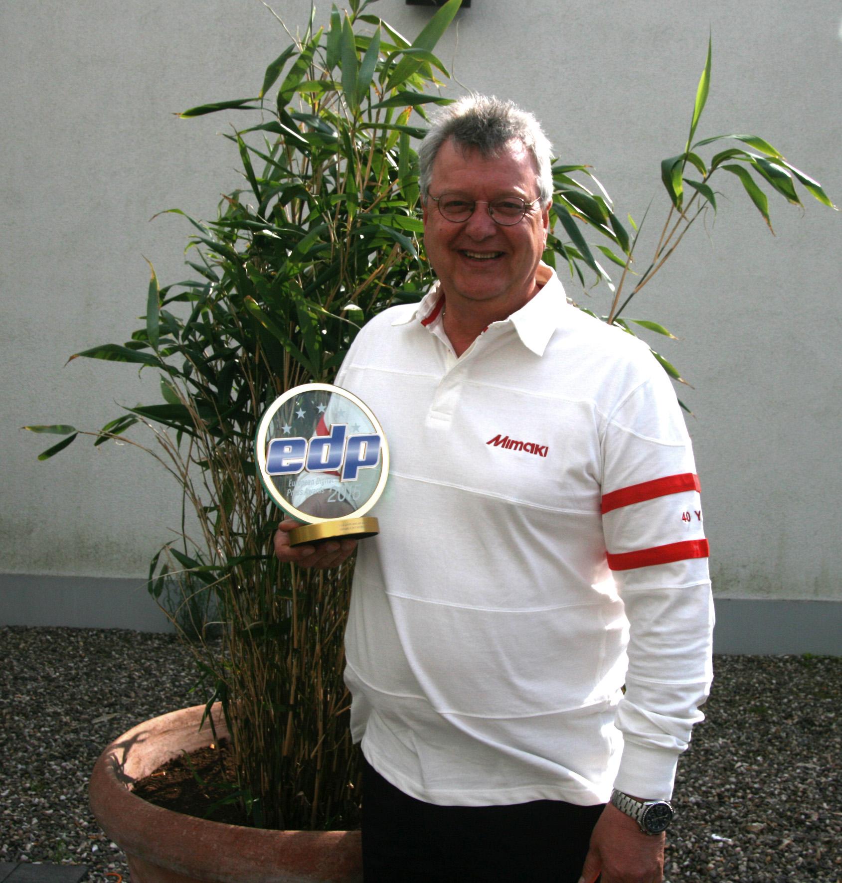 Mimaki CJV150 Series с награда за най-добро решение за печат и рязане