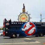"""Aтрактивна реклама на """"Ловци на духове"""" върху автобуси, произведена с Massivit 3D принтер"""