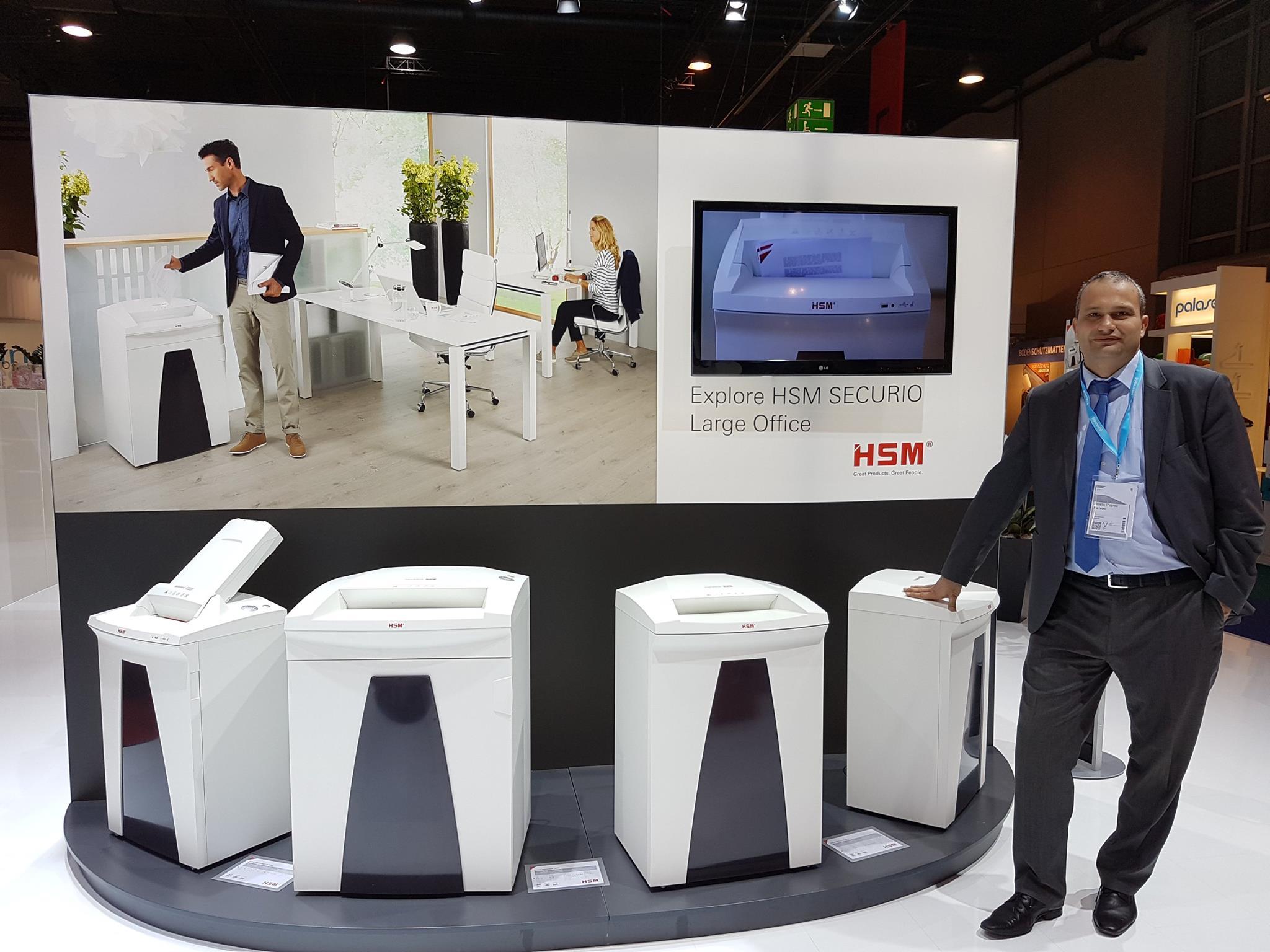 Графотрейд ЕООД e представител на немския производител на шредери и балиращи машини HSM
