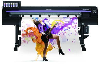 Mimaki разшири портфолиото си и представи нов режещо-печатащ плотер