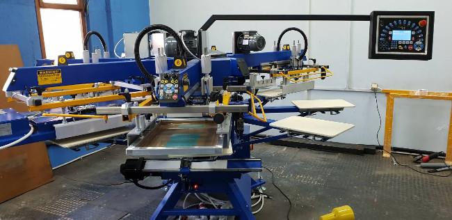 Евроинкс инсталира нов автоматичен карусел и сушилня в Принт Текс ООД