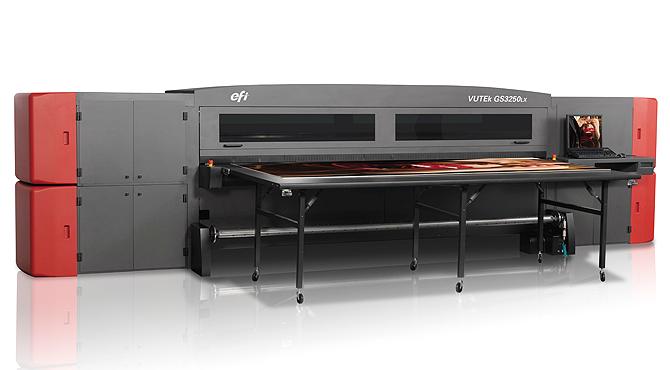 EFI реализира първата продажба на представената на Fespa технология UltraDrop