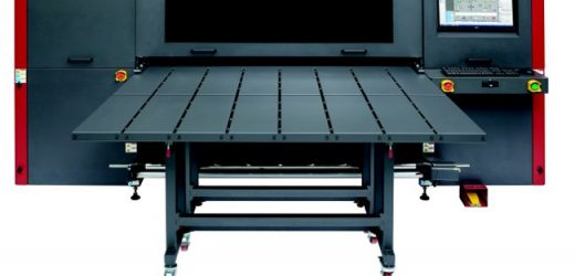 Konica Minolta стартира продажбата на хибриден широкоформатен мастиленоструен принтер