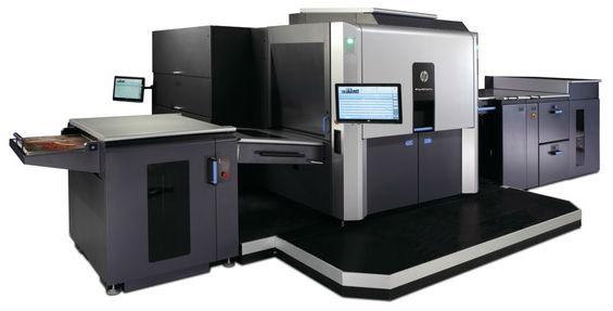 Първата листова цифрова машина формат В2 в България