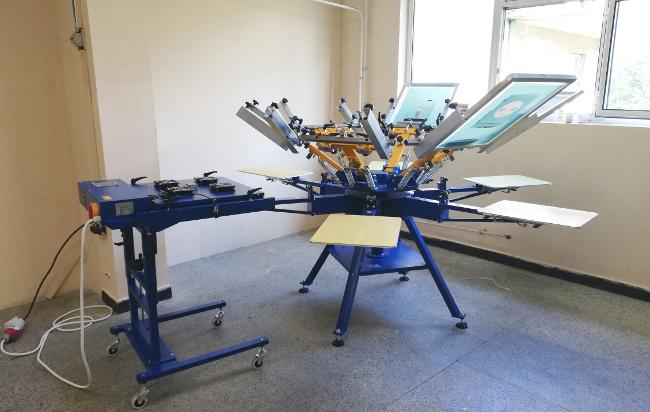 Поредна инсталация на ръчен карусел MAN 6×6