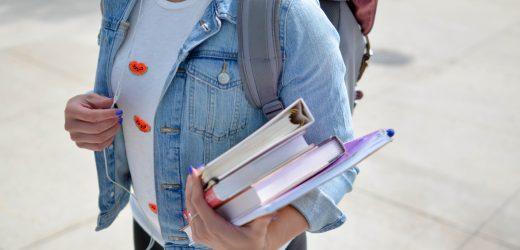 Програми за наемане на стажанти