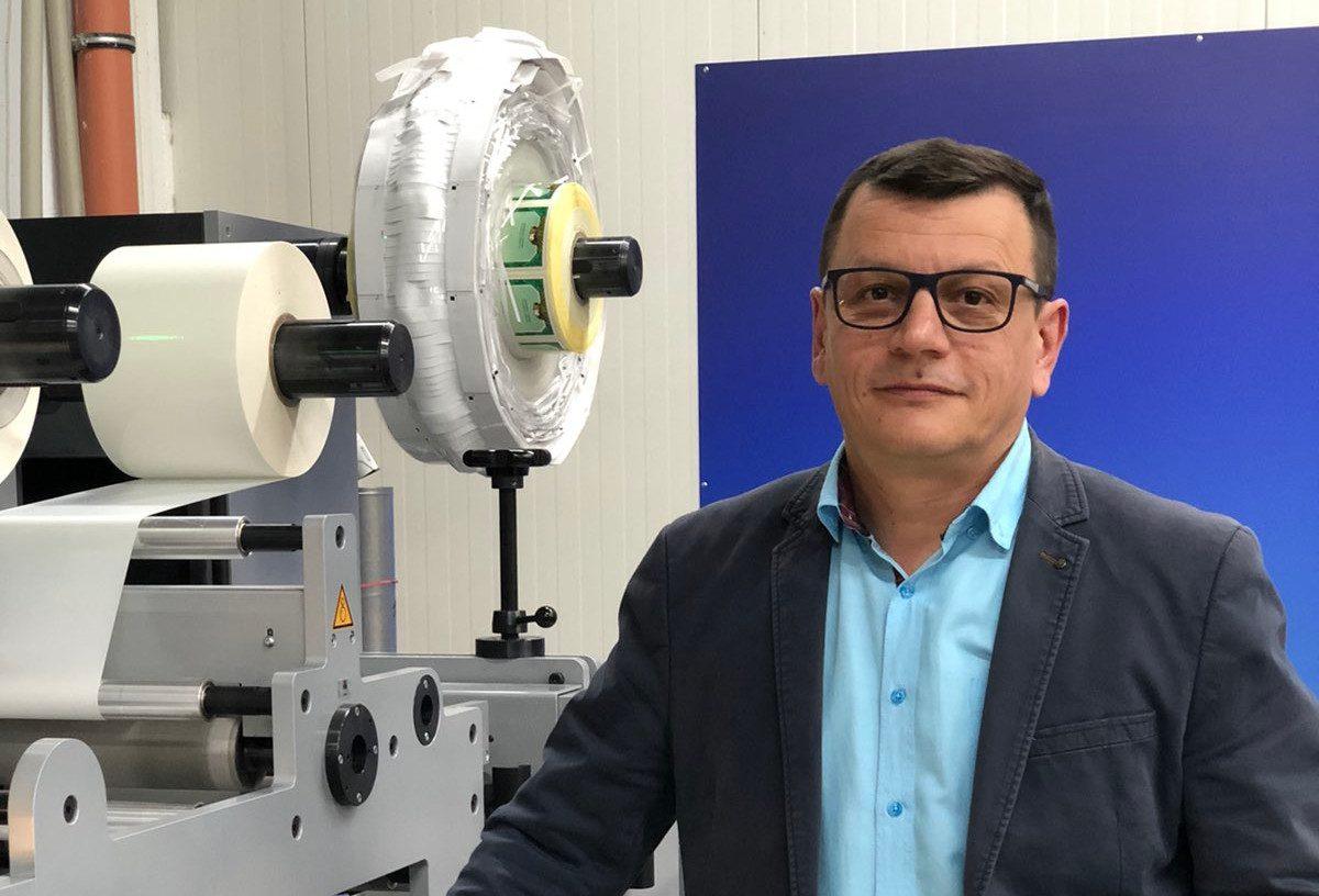 Печатница ДАРС с иновативно производство на многолистови етикети