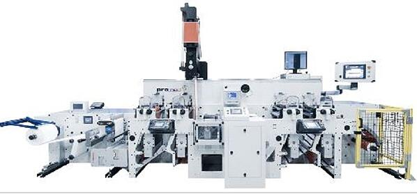 Нова флексопечатна машина от FOCUS със система за нанасяне на термостопяеми покрития