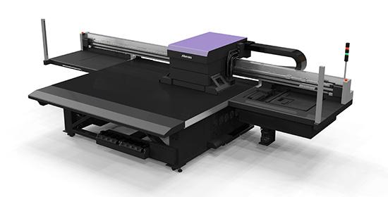 Mimaki показаха два нови плоскопечатни принтера