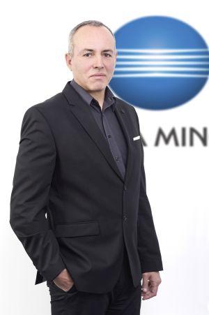 Артин Микаелян - консултант Индустриален печат в Коника Минолта България